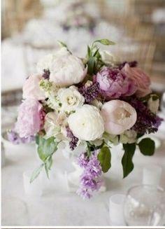 Table centre pieces floral arrangements