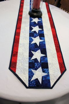 Patriotic Table Runner Quilt Bright Red White by QuiltSewPieceful