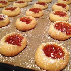 το dolmadaki είναι ένα food blog για όσους αγαπάνε το φαγητό και dolmaνε να το παραδεχτούν Biscuits, Cheesecake, Food And Drink, Favorite Recipes, Blog, Desserts, Crack Crackers, Tailgate Desserts, Cookies