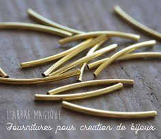 perles tubes courbes dorées http://www.arbremagique.info/boutique/prod/perle-tube-courbe-dore-x-10-7234,new.html