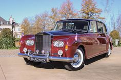 1970 Rolls Royce Phantom VI for rent. Perfect for your next special event, movie production, TV commercial or photo shoot.