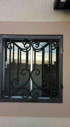 Iron Window Grill, Window Grill Design, Door Design, Apartment Interior Design, Interior Decorating, Metal Window Boxes, Stair Railing Design, Balustrades, Iron Windows