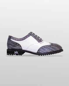 The Classic Golf shoe in color Grey.