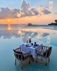 Visit Maldives, Maldives Travel, Most Beautiful Beaches, Beautiful Places To Travel, Villa, Travel Aesthetic, Summer Aesthetic, Hotels And Resorts, Luxury Hotels