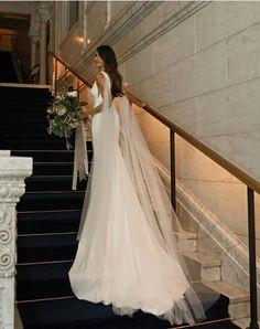 Wedding Veil With Rhinestones Cathedral Wedding Dress With Veil, Wedding Veils, Dream Wedding Dresses, Bridal Dresses, Wedding Dress Cape, Veil Hairstyles, Wedding Hairstyles With Veil, Dresses Elegant, Bridal Cape