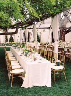 Elegant gold table decor: http://www.stylemepretty.com/texas-weddings/dallas/2015/08/10/dreamy-romantic-dallas-garden-wedding-in-shades-of-pink/ | Photography: Apryl Ann - http://www.aprylann.com/