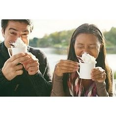 Cute hot chocolate engagement pic! *favorite drinks* woot! :)