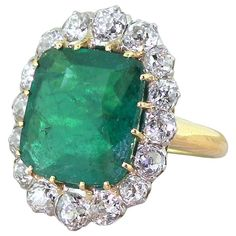 Art Deco 5.08 Carat Colombian Emerald Old Cut Diamond Platinum Cluster Ring
