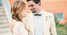 Una novia con vestido corto y look aniñado