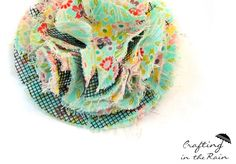 Fluffy Fabric Flower {Hello Summer} I Heart Nap Time   I Heart Nap Time - Easy recipes, DIY crafts, Homemaking Window screen!!!
