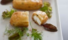 A refined aperitif in which the savory filling makes the difference! Also great as a tasty appetizer! #Éclairs with #cheese