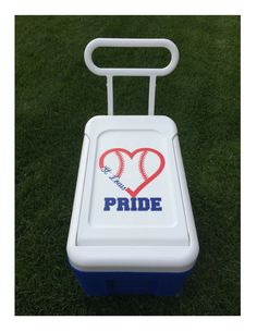 A cooler + vinyl = a perfect accessory for my daughter's softball team