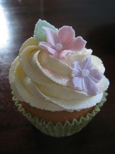 Grandma's Birthday by Sweet Tiers Cakes (Hester), via Flickr