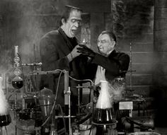 The Munsters was a hugely popular show in the but originally only ran for two seasons. The Munsters, Munsters Tv Show, Munsters Theme, Munsters House, Herman Munster, Black Sheep Of The Family, Yvonne De Carlo, Female Vampire, Concert Posters