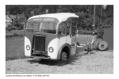 Displaying Central Garage_Great Witley_Arthur Moore & Sons_Leyland Tiger TS7 Burlingham reg KAB 59_28 July 1965_3.jpg