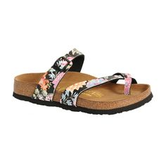 I love Birkenstock Sandals! Especially this style!