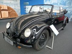 Very early VW Beetle Cabriolet!