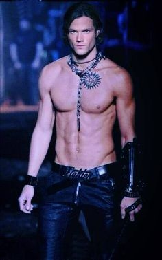 Again, I am a Dean girl. But I cannot deny that my inner goth girl got one look at this and kinda lost her mind.