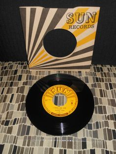 "JOHNNY CASH  ""I WALK THE LINE""   7""  45rpm  Third Man Records / Sun Records"
