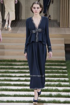 Chanel Spring 2016 Couture Fashion Show - Romy Schonberger (Viva)