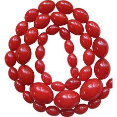 Vintage Cherry Red Bakelite Necklace