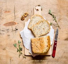 Tomato Herb Bread Recipe | Old Farmer's Almanac
