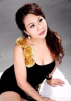 China woman Xiaohua from Hengyang, 36 yo, hair color Black