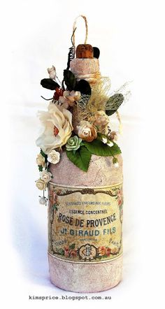 Inkognito: Message In A Bottle And A Shabby Chic Layout Wine Bottle Art, Bottle Box, Diy Bottle, Wine Bottle Crafts, Altered Bottles, Vintage Bottles, Bottles And Jars, Glass Bottles, Bottle Lamps