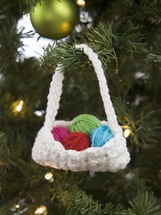 Here's the perfect little ornament to give to all your crochet friends! Of course, people that don't crochet will just think how cute it is.
