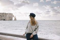 Plage d'Etretat portrait Falaise Etretat, Honfleur, Week End, Panama Hat, Portrait, Wanderlust, Normandie, Headshot Photography, Portrait Paintings