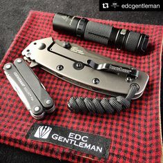 "185 Likes, 1 Comments - Sterling Archer (@socal_pocketdumps) on Instagram: ""#Repost @edcgentleman with @repostapp ・・・ Rainy day pocket stuff. #mondaymotivation #rainyday"""