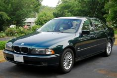 BMW E39 528i 1997, Oxford Green with Sand Beige leather interior