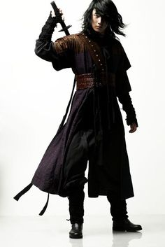 I also love this kind of style for the Aetheling males.  The Return of IljiMae
