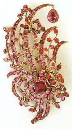 Aigrette of Marie Antoinette. An ornament worn in the hair or on a hat / plumes of feathers.