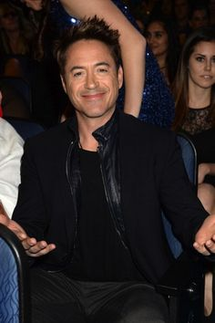 """Robert Downey Jr. at the People's Choice Awards, January 8, 2014.  He won three: for Favorite Action Star, Favorite Movie and Favorite Action Movie (""""Iron Man 3"""")."""