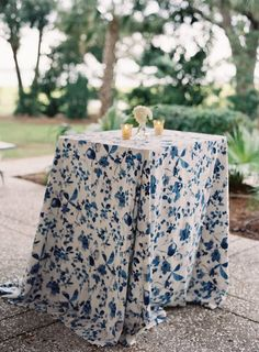 This Classic Navy + Gold Charleston Wedding from Virgil Bunao features a chandelier-adorned tent. Mod Wedding, Trendy Wedding, Floral Wedding, Wedding Colors, Wedding Flowers, Wedding Dresses, Wedding Tablecloths, Wedding Table Linens, Wedding Tables