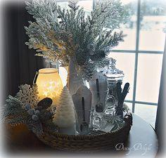 Dining Delight: Snow Dreams Display