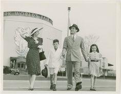 Family  attending  1939 NY World's  Fair