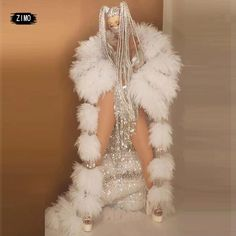 Drag Queen Costumes, Drag Queen Outfits, Maternity Dresses For Baby Shower, Dance Stage, Photoshoot Themes, Queen Fashion, How To Iron Clothes, Glam Dresses, Feather Dress