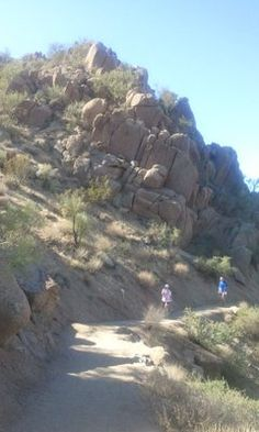 Pinnacle Pike.......View of the trail: smooth terrain with some rocky parts.