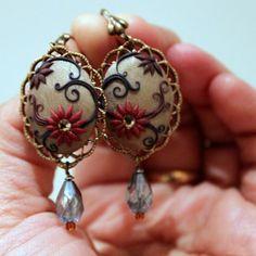 Josephine B #handcrafted #handmade #polymerclay #jewelery #jewelry #TresorBelle #gifts #oval #vintagelook
