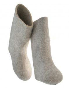 Russian valenki felt boots - traditional clothing of Russia | RusClothing.com