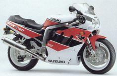 Suzuki GSXR 750 (1990)