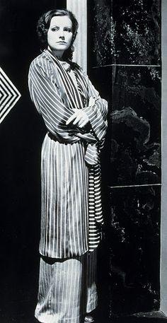 54ad8779f3 Greta Garbo looking chic in stripes. Habitually Chic®  The Cat s Pajamas. H  E S P E R F O X · VINTAGE SLEEPWEAR