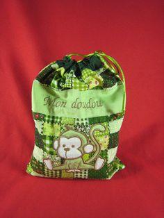 Sac à doudou personnalisé Lunch Box, Creations, Clothes Crafts, Softies, Fabrics, Bags