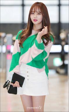 Kim So Hyun Kim So Hyun Fashion, Korean Fashion, Korean Actresses, Korean Actors, Asian Woman, Asian Girl, Kim Sohyun, Kim Yoo Jung, Korean Celebrities
