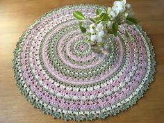 Virkhönas blogg: Virkad Mandaladuk Crochet Circles, Blogg, Rugs, Mat, Crocheting, Mandalas, Farmhouse Rugs, Crochet, Chrochet