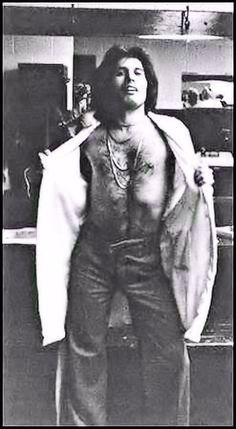 He is one Sexy Man John Deacon, Brian May, Adam Lambert, Brian Rogers, Queen Movie, King Of Queens, Roger Taylor, Queen Freddie Mercury, Killer Queen