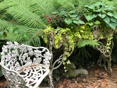 Garden Sculpture, Outdoor Decor, Plants, Vintage, Home Decor, Decoration Home, Room Decor, Plant, Vintage Comics