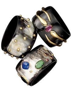 THE FAIR-TRADER - Ashley Pittman Horn Cuff. Meet the designer for #BGFriday this Friday, November 29. 212 872 2518 Stylish Jewelry, Fashion Jewelry, Bangle Bracelets, Bangles, Diy Rings, Stone Jewelry, Jewelry Box, Beaded Rings, Jewelry Design